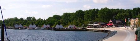 yachthafenpromenade.jpg